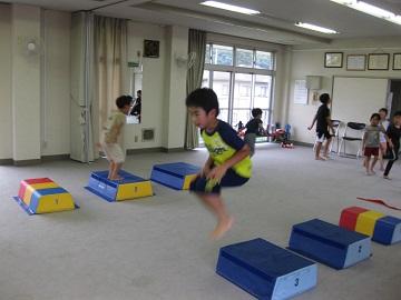 深川空手教室 跳び箱トレーニング2
