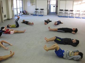 深川空手教室 体幹トレーニングの様子